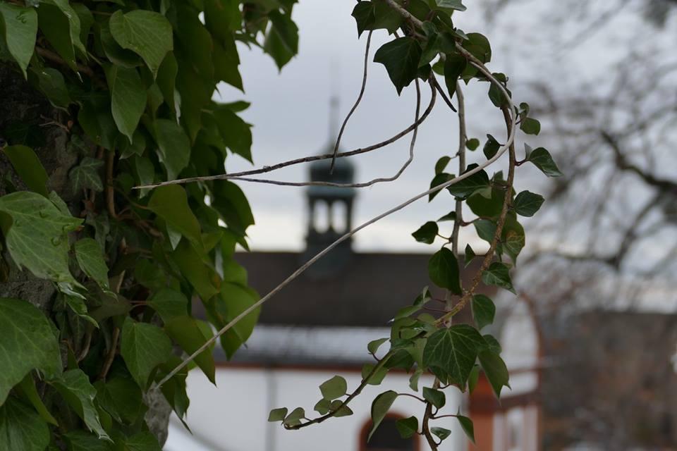 kaplička Hukvaldy hrad.jpg